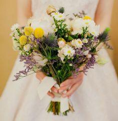 bouquet com varias flores do campo primavera