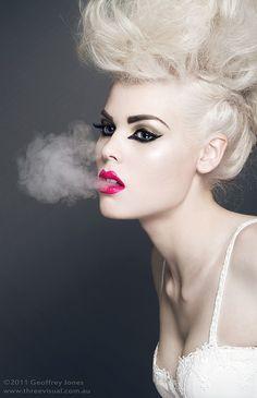 Beauty Photography by Geoffrey Jones -- Portrait - Smoke - Platinum - Pose Beauty Shoot, Hair Beauty, Beauty Makeup, Beauty Photography, Fashion Photography, Photography Women, Divas, Dramatic Hair, Glamour