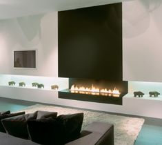 Go green with these CT home remodeling trends Fireplace Feature Wall, Linear Fireplace, Basement Fireplace, Bioethanol Fireplace, Fireplace Remodel, Modern Fireplace, Fireplace Design, Modern Interior Design, Interior Design Living Room