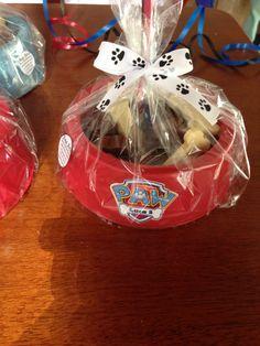 Centro de mesa Patrulha canina com ossos de chocolate branco e ao leite