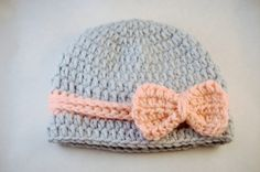cutesies:)  1920s Style Light Grey and Peachy Pink Crocheted by MaisysBoutique, $20.00