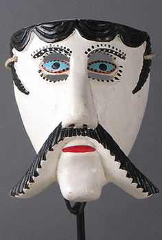 Viejo Mask, Carpinteros, Veracruz; artist Ciriaco Gonzalezis; has vision slits above and below eyes