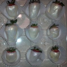 Shimmer Chocolate Covered Strawberries