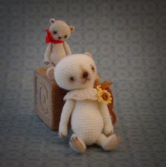 Thread bears. Wonderful gallery!
