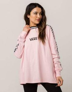 Registry or Wishlist Top Model Fashion, Girl Fashion, Vans Style Women, Lazy Outfits, School Outfits, Embroidered Vans, Marca Vans, Vans Top, Outfit Goals