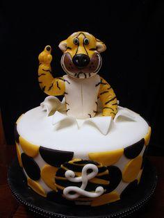 cake idea.. AMAZING!