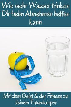 Versuchst Du, Gewicht zu verlieren? Wenn ja, konzentrierst Du dich möglicherweise darauf, gesunde Lebensmittel zu essen, Deine Portionen zu beobachten und zu trainieren.  Aber was trinkst du? ⬇️ #fitnessgeist #motivation #abnehmen #fitnesstraining #gewichtsverlust #gewichtverlieren #gewichtszunahme #gewichtsreduktion #gewichtsabnahme #muskelnaufbauen #muskelnsindsexy #muskelndefinieren #kraftsport #krafttraining #abnehmenheute #diät #diätphase #bauchfett #bauchfettweg #bauchfettreduzieren Fitnesstraining, Food, Poster, Jewelry, Boost Metabolism, Weight Gain, Weight Loss Secrets, Get Ripped, Reduce Belly Fat