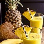 Mi fog történni a testeddel, ha ezt az ananászos-kurkumás turmixot iszod? Detox, Pineapple, Fruit, Drinks, Food, Turmeric, Drinking, Beverages, Pine Apple