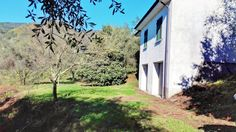 Restored property with different annexes Ref: CAS0043, Caprigliola, Liguria. Italian holiday homes and investment property for sale.