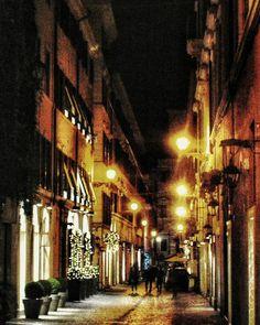 """Late Night Roma Stroll"" - Roma  #photobydperry #loves_united_lazio ##wp #Italia_super_pics #ig_italy #ig_rome #going_into_details #loves_united_roma #spgitaly #igerslazio #loves_united_places #ilikeitaly #italia_dev #pocket_Italy #gallery_of_all #total_Italy #loves_united_team #yallerslazio  #italy_hidden_gem #igw_italy #fdnf #lazio #ig_lazio_  #ig_lazio #inrhome #nikontoday #unlimitedrome #my_rome  #loves_united_italia_ #thehub_italia"