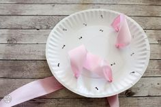 Learn how to make the prettiest bridal shower bow bouquet for the wedding rehearsal with paper plates and these simple steps! This bow bouquet is gorgeous! Wedding Rehearsal Bouquet, Bridal Shower Bouquet, Wedding 2015, Wedding Pins, Wedding Ideas, Bridal Shower Planning, Ribbon Bouquet, Bridal Shower Decorations, Faux Flowers