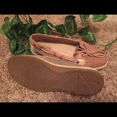 Sperry loafers Speedy top sliders wore only once.  Excellent condition Sperry Top-Sider Shoes Flats & Loafers