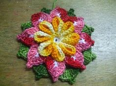 how to make crochet flower tutorial by woc Crochet Flower Tutorial, Crochet Flower Patterns, Flower Applique, Crochet Designs, Crochet Flowers, Freeform Crochet, Thread Crochet, Crochet Motif, Crochet Doilies