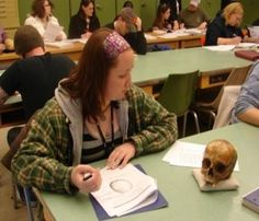 how to become a medical anthropologist