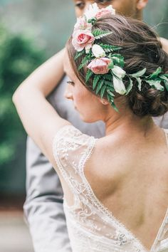 romantic flower crown - photo by Diane Hu Photography http://rufflebdlog.com/midsummer-nights-ballet-wedding-inspiration #flowercrown