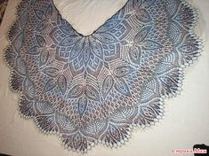 """Шаль """"Клематис"""" Crochet Shawl, Crochet Top, Lace Knitting Patterns, Learn How To Knit, Couture, Knitting Needles, Diy And Crafts, Crochet Necklace, Women"""