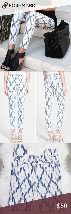 """Paige Verdugo Skinny Jeans in Ikat Print Very trendy & blogger favorite! Size 26 Inseam 30"""" Waist (across) 13.5"""" Rise 8"""" Excellent condition. Worn one time!   DD PAIGE Pants Skinny"""