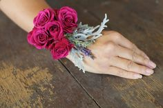 How To Make A Floral Bracelet / Wrist Corsage   Bridal Musings