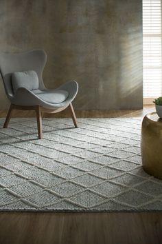 Best Carpet Inspiration Images For You – iranian carpet living room Orange Carpet, Grey Carpet, Modern Carpet, Painting Carpet, Carpet Trends, Carpet Ideas, Best Carpet, Living Room Carpet, Bedroom Carpet