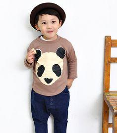 Kid's Tshirt by hellodearkids