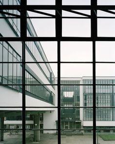Walter Gropius, Åke E:son Lindman · Bauhaus · Divisare