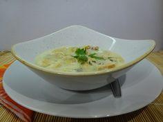Hagymaleves - a franciák is hasonló módon - Háztartás Ma Cheeseburger Chowder, Thai Red Curry, Soup, Ethnic Recipes, France, Soups