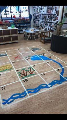 landkaart Pirate Preschool, Pirate Activities, Pirate Kids, Pirate Day, Pirate Theme, Literacy Activities, Activities For Kids, Classroom Displays, Classroom Themes