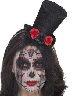 Mini sombrero con rosas y velo mujer Día de los muertos  Este mini sombrero  Día 5ba81ca51ab