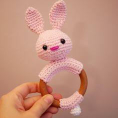 Hochet en bois Anneau de dentition avec lapin en coton fait   Etsy