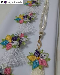 Crewel Embroidery, Tassel Necklace, Tassels, Detail, Jewelry, Board, Jewlery, Jewerly, Schmuck