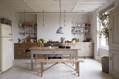 Il vintage in cucina è tornato di moda.