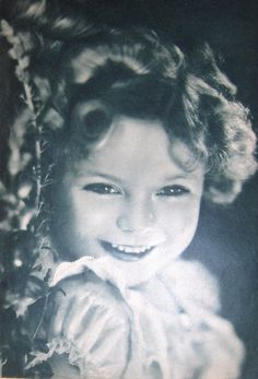 Shirley Temple,so adorable!