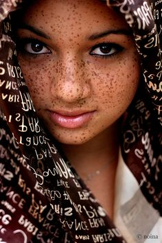 18-15n-77-30w:    souls-of-my-shoes:    those freckles are GORGEOUS    18° 15' N, 77° 30' W