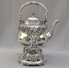 Silver Teapot on heater *** Vintage Silver, Antique Silver, Victorian Teapots, Teapots Unique, Silver Teapot, Teapots And Cups, Vintage Dishes, Silver Roses, Tea Time