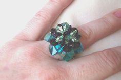 Anillos Ascaris blue zircon con corazones de cristal swarovski y facetadas de cristal checo.