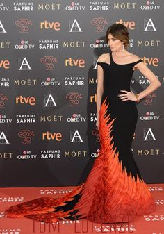 Nieves-Alvarez-Goya-Awards-2016-Red-Carpet-Fashion-Georges-Chakra-Couture-Tom-Lorenzo-Site (2)