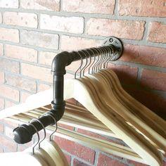 Wall Rack with Elbowed Display  Clothing Rack por CoronaConceptsCo