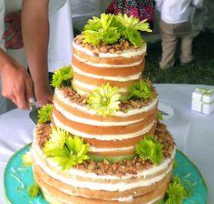 I'm kinda digging this naked cake look! Rustic Wedding Cake