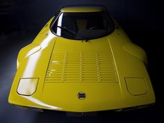 Lancia Stratos HF, Tipo 829 sports car and very successful rally car, winning the World Rally Championship in 1975 & 1976 Lamborghini, Ferrari, Maserati, Luxury Sports Cars, Lancia Delta, Car Art, Yellow Car, Yellow Submarine, Rally Car