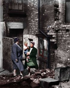 Bessie Braddock , Helping the poor of Liverpool , a powerful woman , who made a difference . 1954