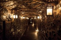 This Is The Oldest Restaurant In Montreal - 300 years old Le Tunnel, Saint Gabriel, Old Bar, Canadian Travel, The Great White, Montreal Quebec, Cool Bars, Work Travel, Places To Eat