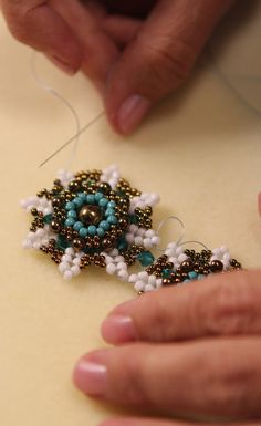 Do you adore vintage-inspired jewerly? Learn from author and bead designer Kelly Wiese in this new beadstitching tutorial how to create elegant components that you can combine into beautiful bracelets, necklaces, and rings (click through for video tutorial on Craft Daily)