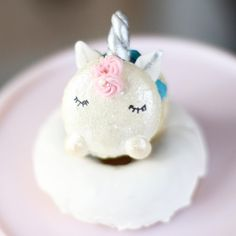 Unicorn Macarons That Are Too Magical to be Eaten