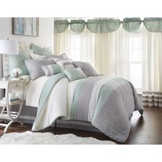 Hemming Comforter Set
