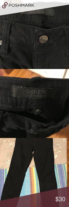 Black skinny pants Size 26 Black skinny pants brand Genetic Los Angles. Nothing wrong with them no tears or fading. Genetic Denim Pants Skinny