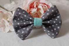 Womens Bow Tie / Grey with tiny white stars and by LesMirettes, €20.00