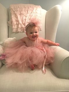 Baby Girl  Tutu Dress. Baby Flower Girl Tulle Dress with Lace