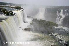 More waterfalls near the Devils Throat  Iguazu Falls