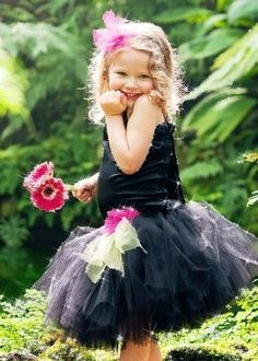Black Flower Girl Dress--Tutu and Satin Halter Top----Perfect for Weddings, Pageants, Portraits❤️ Precious Children, Beautiful Children, Beautiful Babies, Beautiful Flowers, Flower Girl Tutu, Flower Girl Dresses, Net Dresses, Flower Girls, Robes Tutu