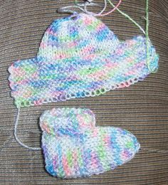 Bev's Stay On Booties. Category 1 or 2 Baby or Sport Weight; Size 6 or Size 8 Straight Needles